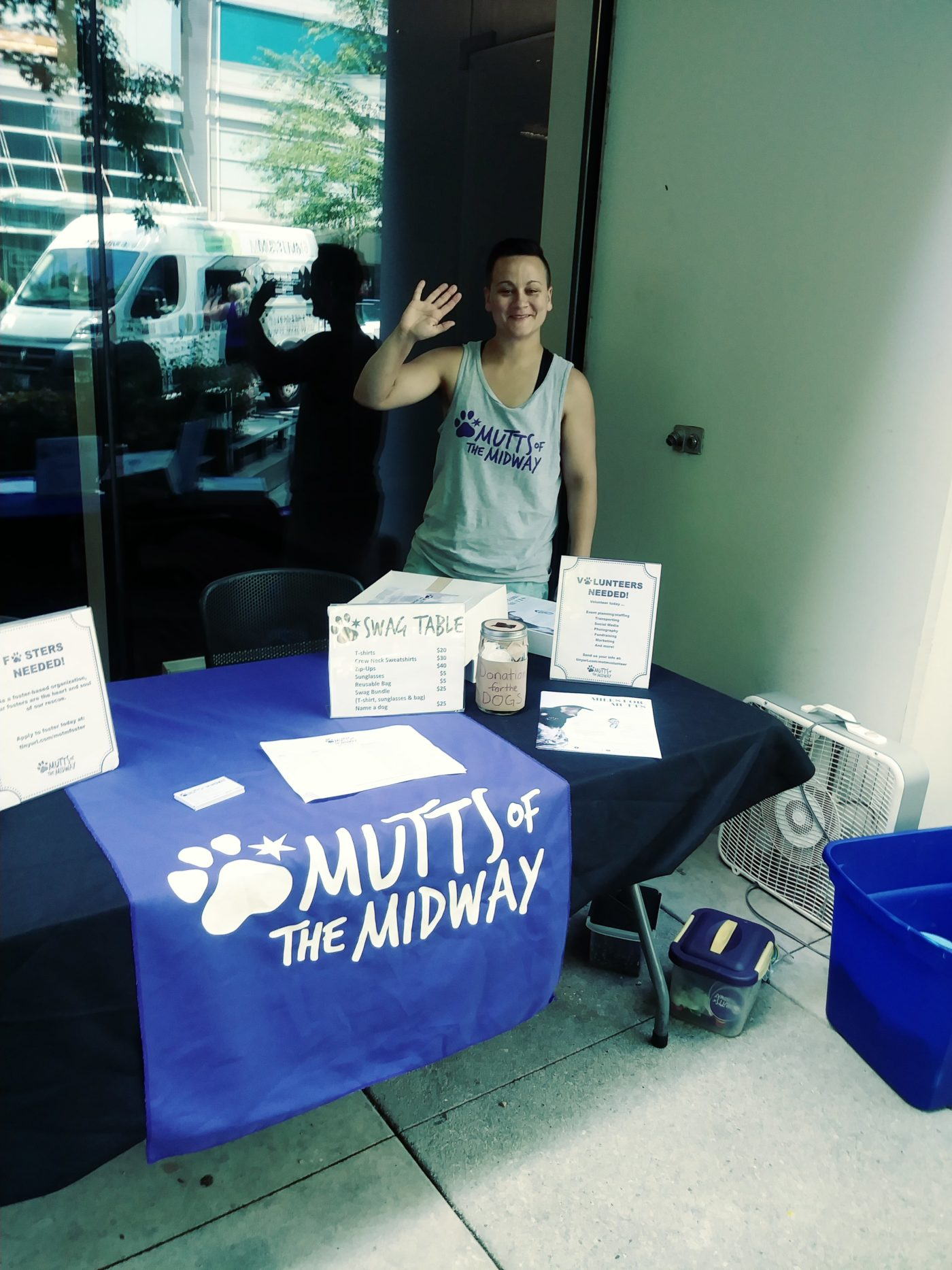 Bark-Busters-Mutts-Of_The-Midway-Adoption-Event-Streeterville